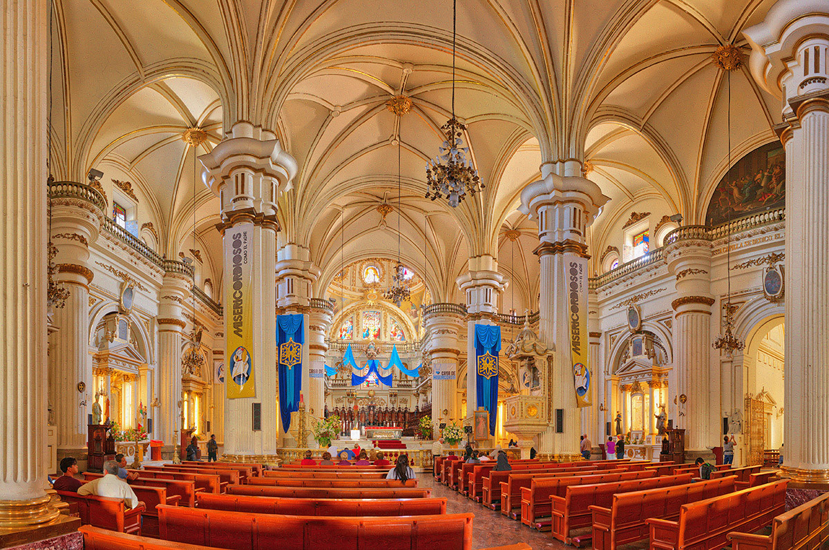 GDLCathedral_wide
